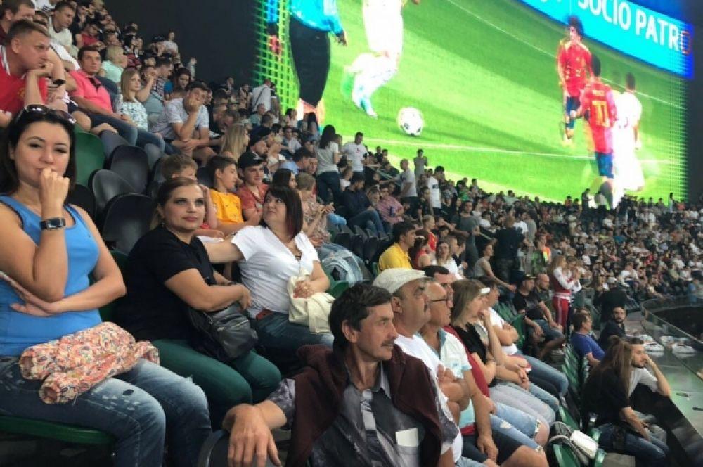 Фанаты рассчитывали на острую, динамичную игру.