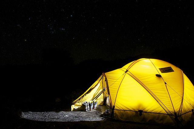 Хотите сэкономить? Разбейте палатку на берегу Волги.
