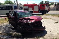 В Запорожье водитель «под наркотиками» врезался в маршрутку: есть жертвы