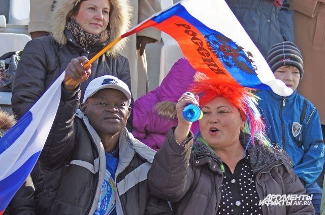 На матчи ЧМ в Калининграде иностранные болельщики купили более 90 тысяч билетов.
