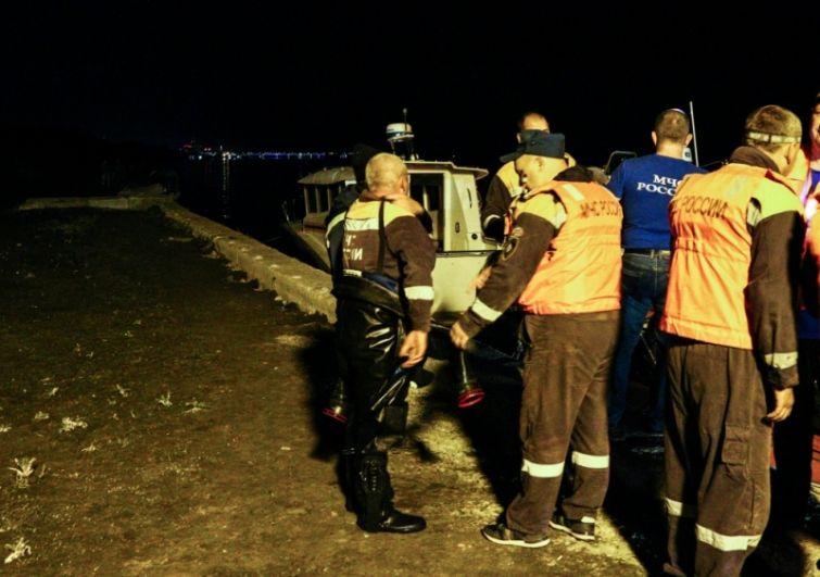 Поиски последней жертвы ЧС продолжались всю ночь.