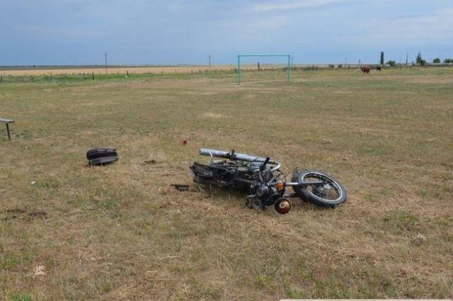 У Николаева мотоциклист сломал позвоночник: мужчину нашли спустя 12 часов