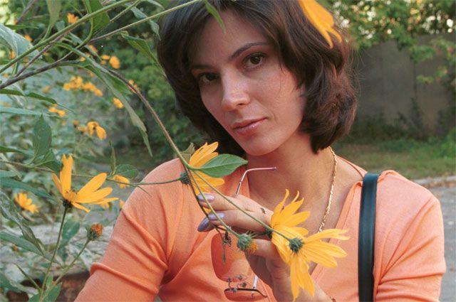 Актриса Лидия Вележева.