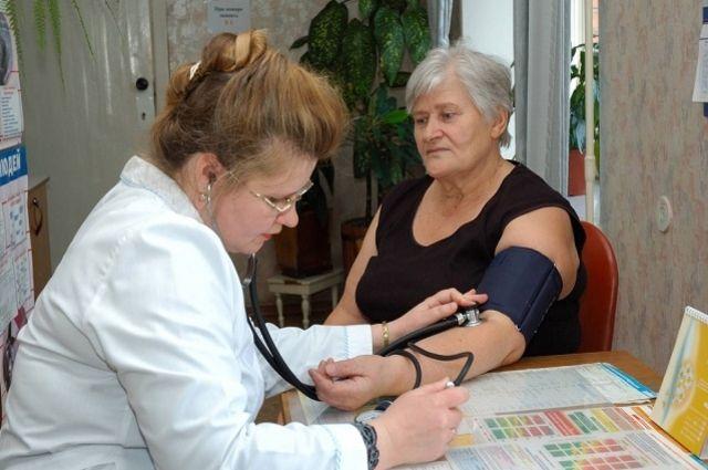 Омские врачи отмечают свой профессиональный праздник.