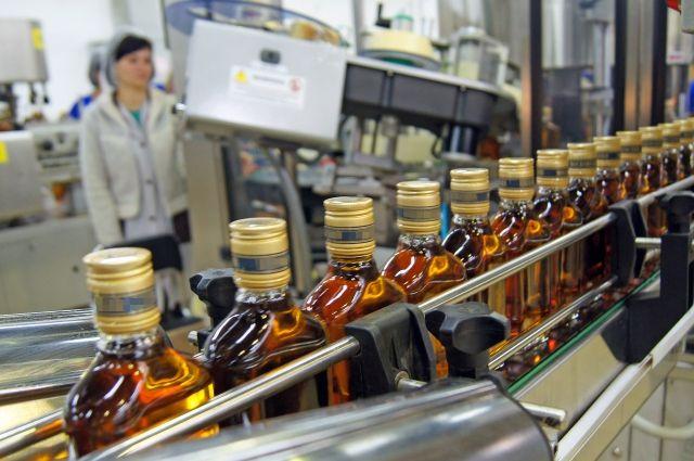 Имущество крупного производителя алкоголя арестовали из-за долгов.
