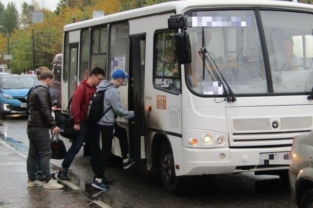 Тюменцу не выдали билет в маршрутке – чиновник заплатит 5 тысяч рублей