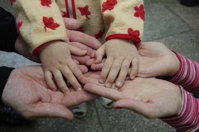 Тюменцев приглашают принять участие в опросе о безопасности детей
