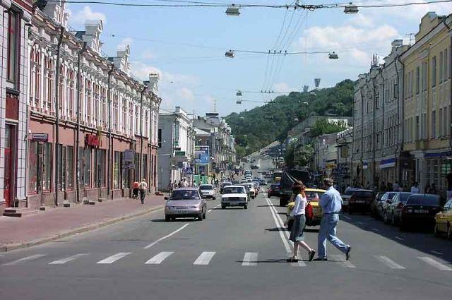 В Киеве увеличат скорость до 80 км/ч на некоторых улицах: список