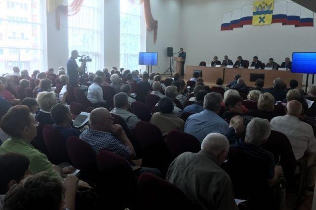 Дачники обсудили с главой Оренбурга «больные» вопросы.