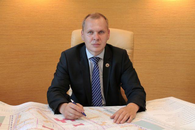 Александр Шнитко отстранен от должности за неисполнение поручений по строительству школы в Новокузнецке.