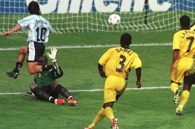 Футбольный матч Аргентина — Ямайка (1998).