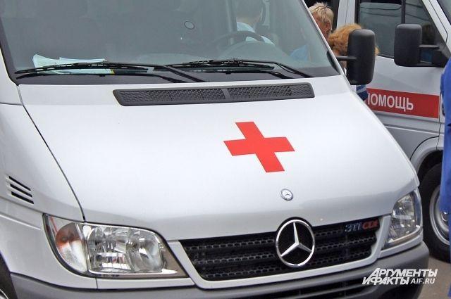 На трассе Калининград-Балтийск столкнулись микроавтобус и легковушка.