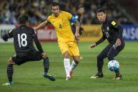 Сборной Австралии пришлось пройти сито отбора в Азии. На фото - отборочный матч с командой Тайланда.