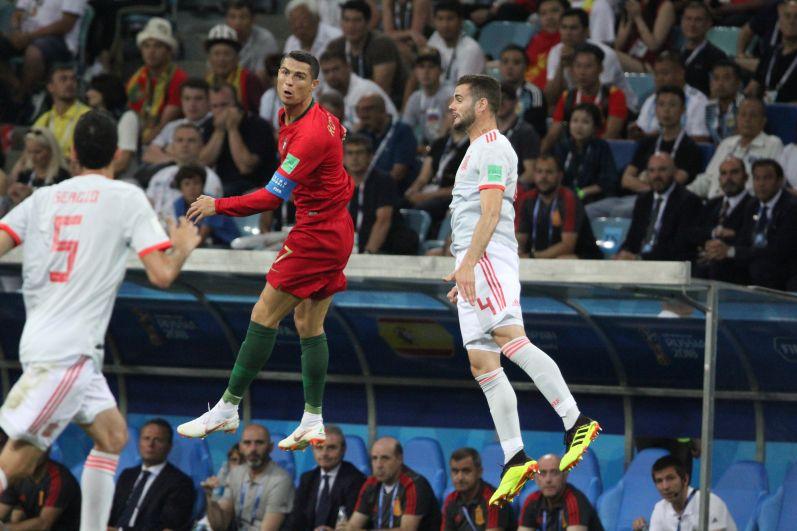Роналду впервые за историю игр с Испанией сумел забить три гола.