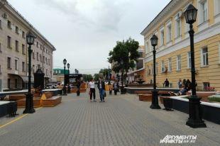 В Оренбурге открылся обновленный сквер около драмтеатра.