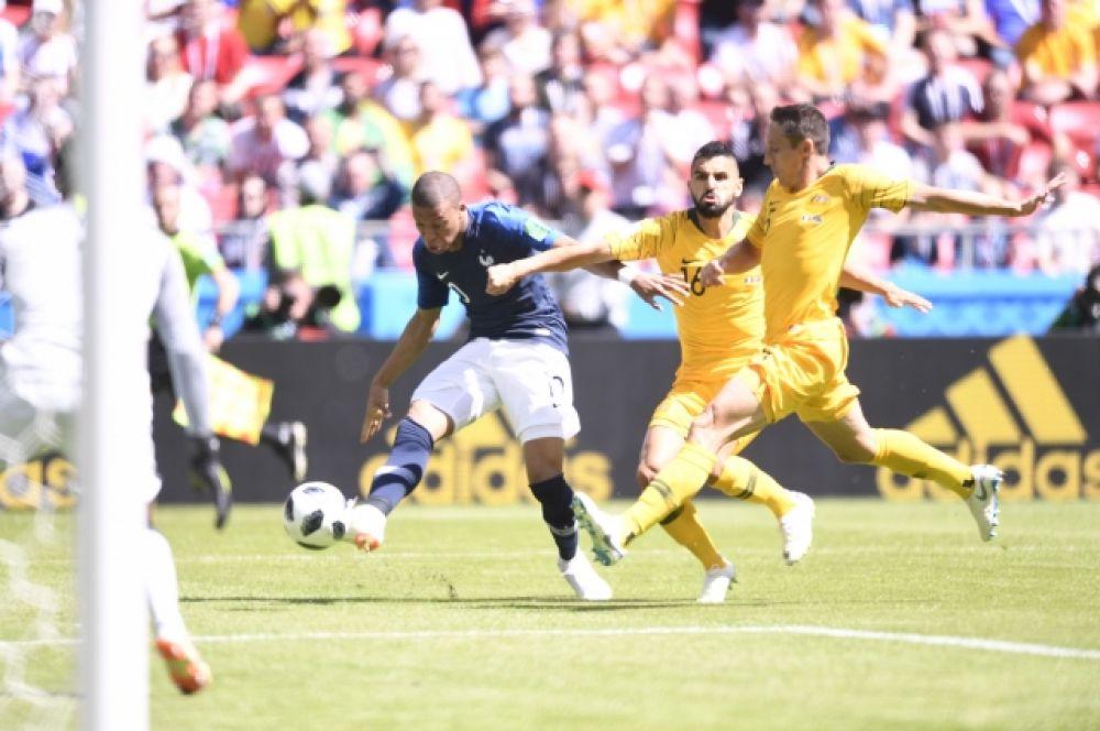 «Соккеруз» под конец матча вымотались и не смогли организовать финальный штурм. Итоговый счет – 2:1.