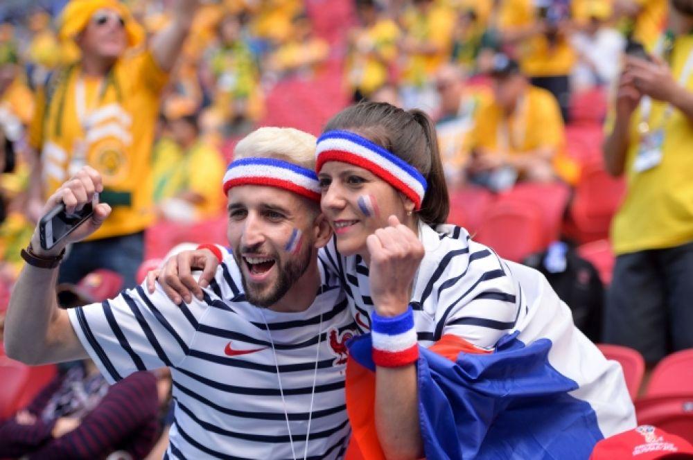 Многие болельщики из Франции приехали в Россию с семьей. А гости из других стран в основном путешествуют с друзьями.
