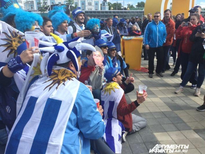 Около шести тысяч болельщиков из Уругвая приехали в Екатеринбург.