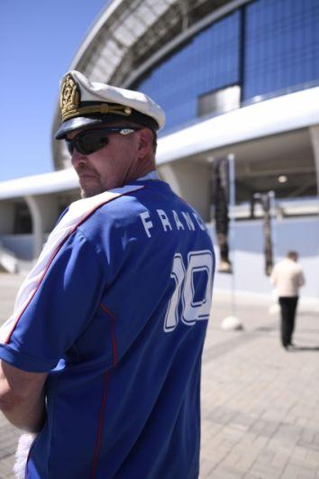 После матча французские болельщики рассказали, что не сомневались в победе национальной сборной. Но признались, что игра австралийцев заставила их понервничать.