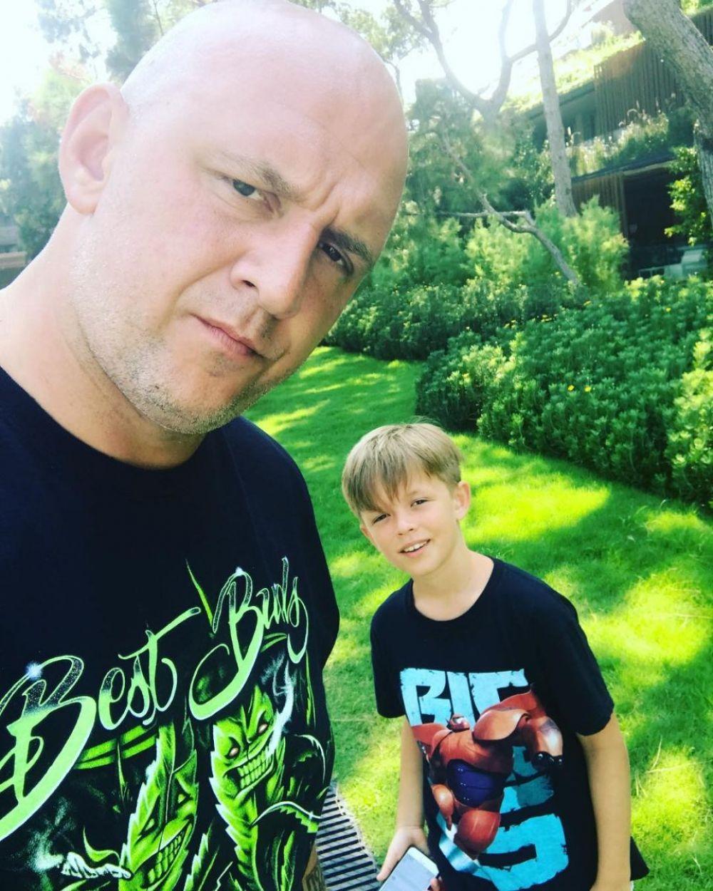 У продюсера, музыканта и певца Потапа подрастает сын Андрей, которому 9 лет. Несмотря на развод с женой, Потап уделяет мальчику много времени и участвует в его воспитании.