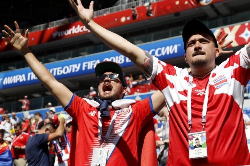 Эмоциональные фаната Коста-Рики.