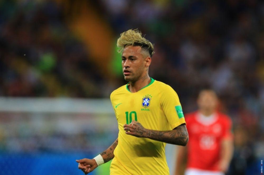 Не помог победить Бразилии и главная звезда сборной - Неймар.
