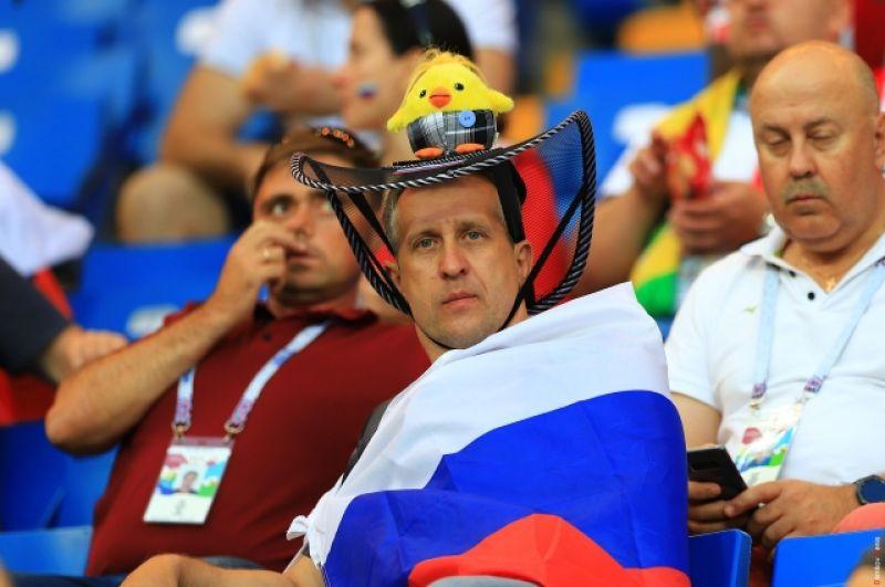 Российский триколор - флаг страны, принимающей чемпионат - повсюду.