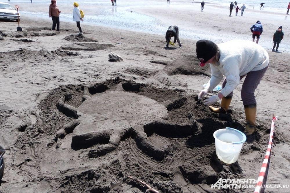 Конкурс на лучшую фигуру из песка «Песчаный архитектор».