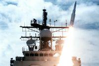 Ракета стартует с передней площадки крейсера «Vincennes» во время учений в 1987 году. Эта же пусковая установка была применена для стрельбы по рейсу IR655.