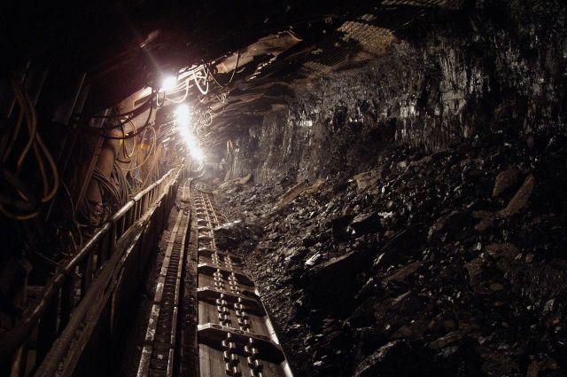 В Кемеровской области на шахте произошел пожар.