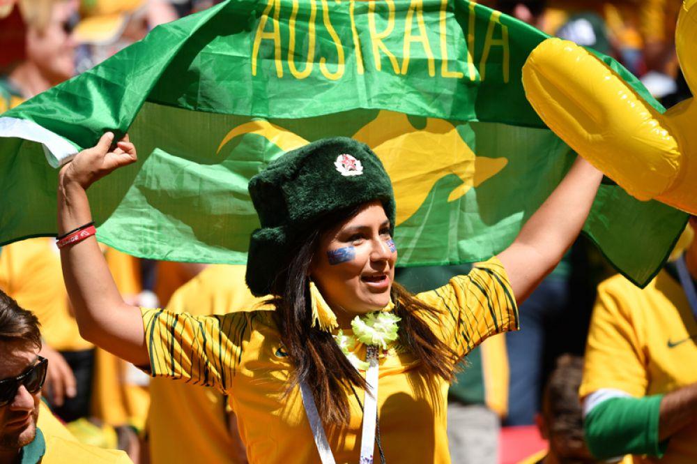 Болельщица из Австралии перед матчем с Францией в Казани.