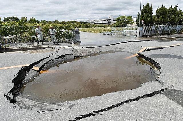 Сотни пострадавших, есть жертвы — Землетрясение вЯпонии