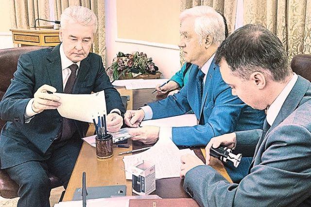В Мосгоризбиркоме приняли и зарегистрировали документы мэра Москвы.
