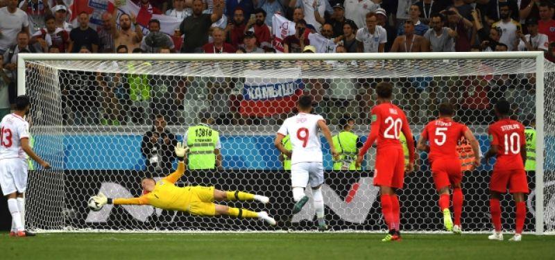 На 35-й минуте Ферджани Сасси реализует пенальти - Тунис сравнял счёт.