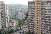 По данным статистиков, большинство семей имеют собственные квартиры.