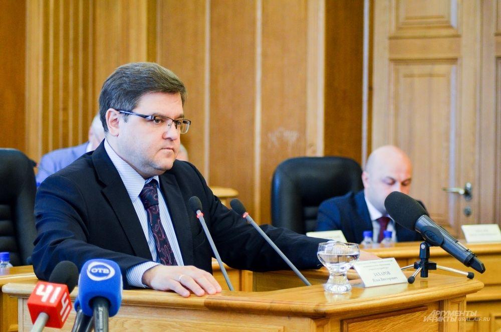 Председатель Избирательной комиссии Екатеринбурга Илья Захаров.