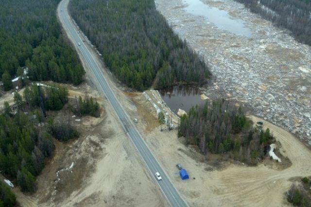За состоянием реки во время паводка следили даже с воздуха