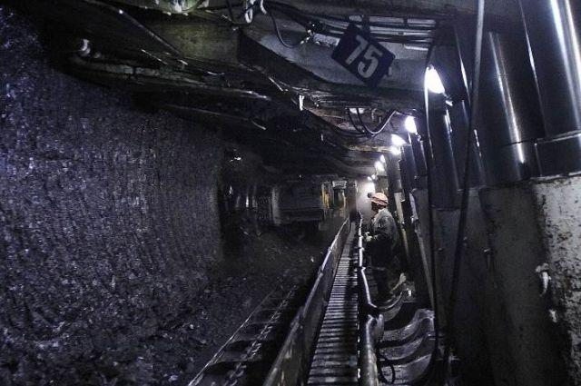 Бригада Евгения Косьмина работает в миллионном режиме месячной добычи угля.