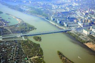 Омск - город-миллионник, его развитию - особое внимание.