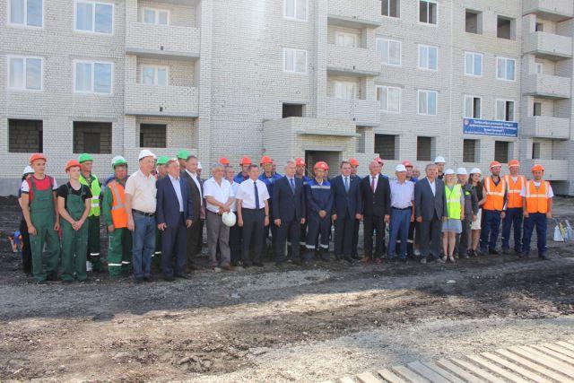 Участников конкурса приветствовал губернатор Иван Белозерцев.