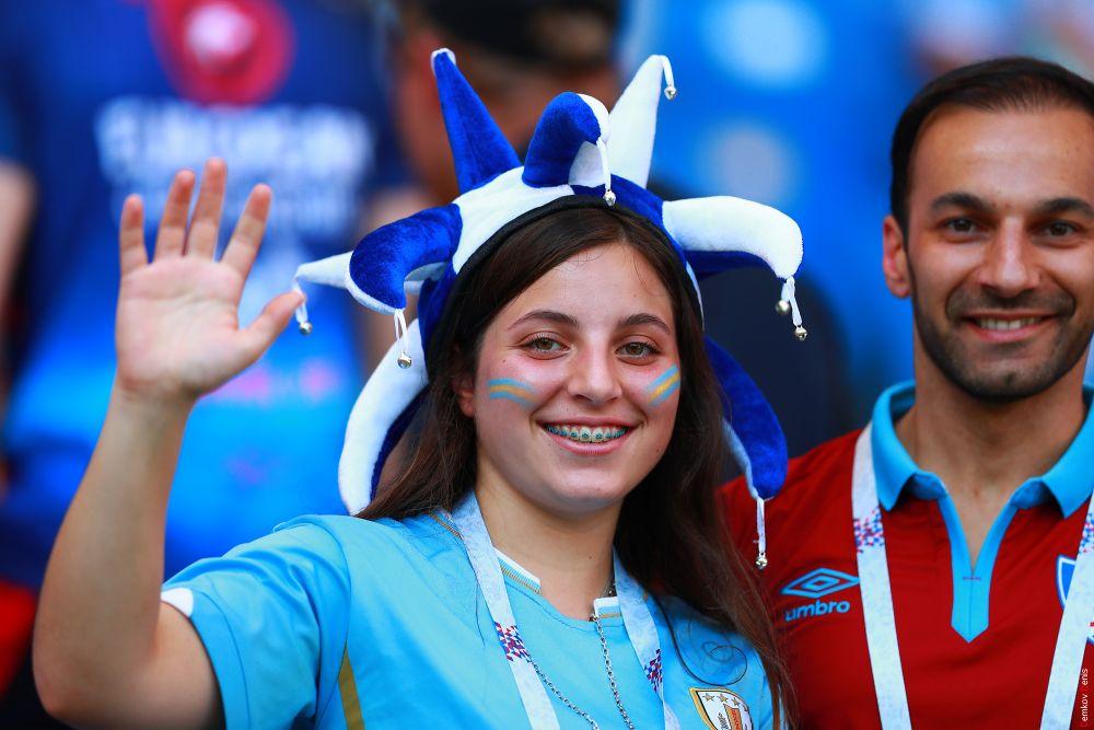Уругвайские фанаты - открытые и лучезарные - под стать прозвищу своей сборной.