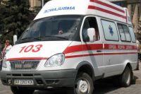 В Одессе автомобиль на пешеходном переходе сбил беременную девушку