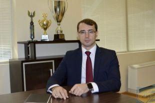 Владимир Романов имеет опыт управленческой работы.