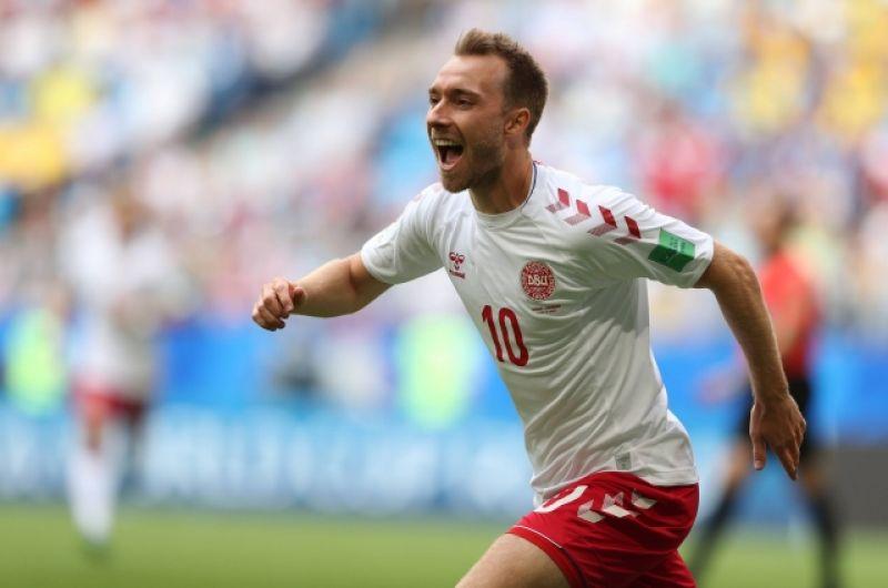 Уже на седьмой минуте счёт открыл полузащитник датчан Кристиан Эриксен. Его признали лучшим игроком встречи.