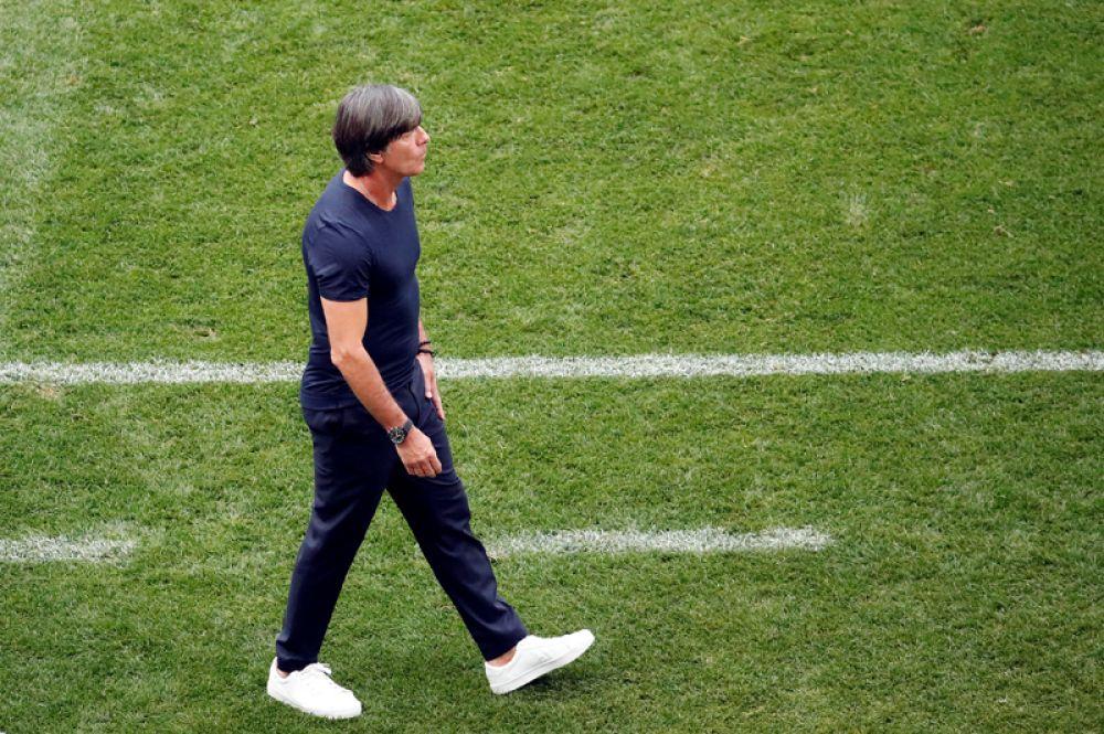 Йоахим Лев (Германия). Элегантные рубашки и стильная стрижка Лева — отдельное направление в мире футбольной моды.