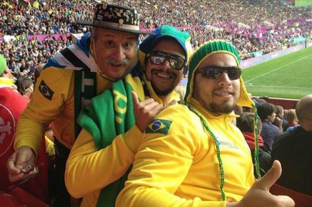 Кловис приобщил своих сыновей к футболу.