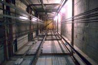 Во Львове мужчина упал с восьмого этажа в шахту лифта и выжил