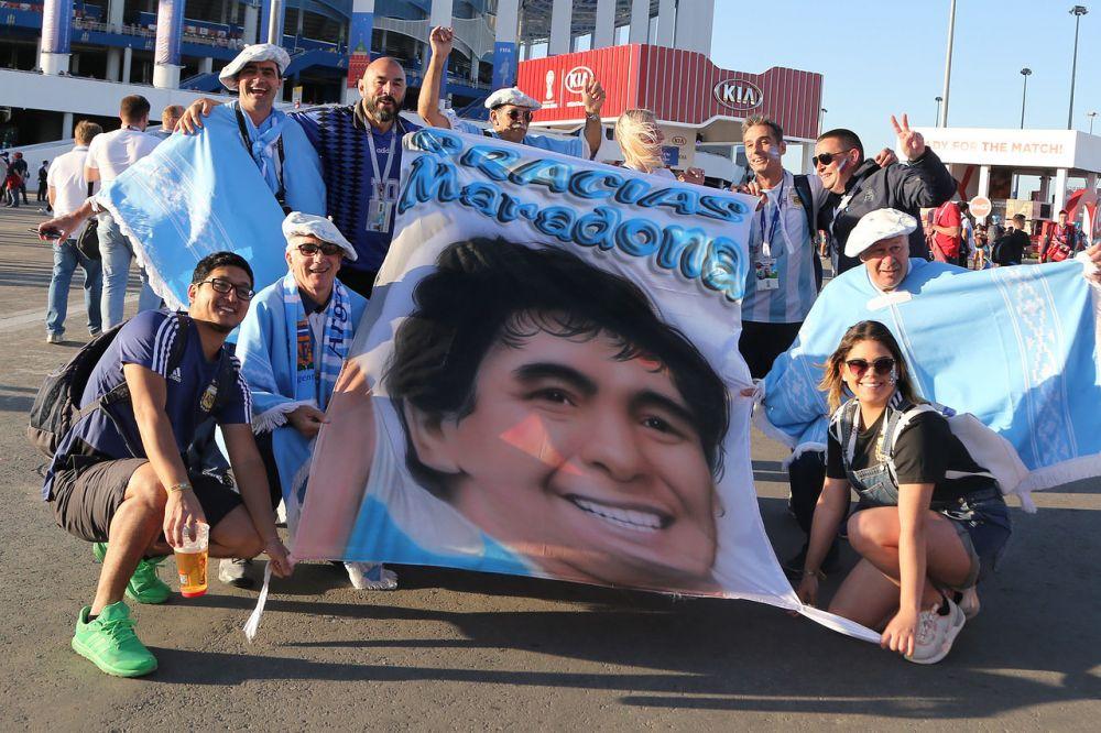 Матч Аргентина — Хорватия посетил Диего Марадона.