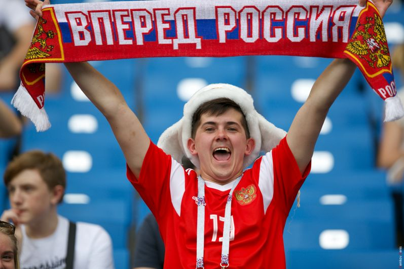 Россиянин болеет за команду Станислава Черчесова, даже если ее нет на поле.