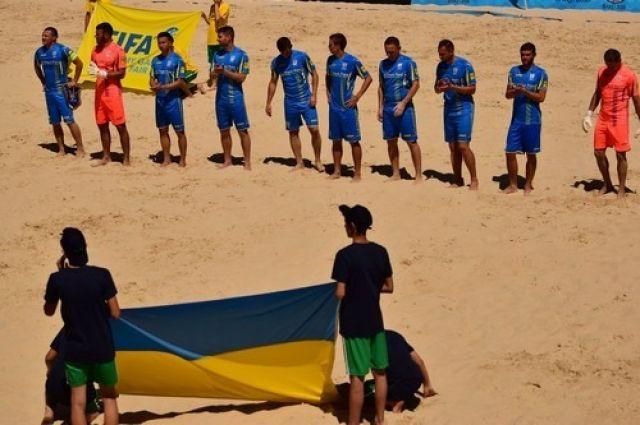 Сборная Украины по пляжному футболу обыграла по пенальти Италию